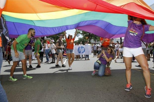 MEP se une a conmemoración contra homofobia, lesbofobia y transfobia