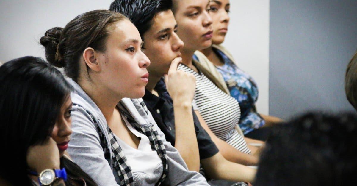 Ulacit enseña inglés a 100 beneficiarios de Empléate