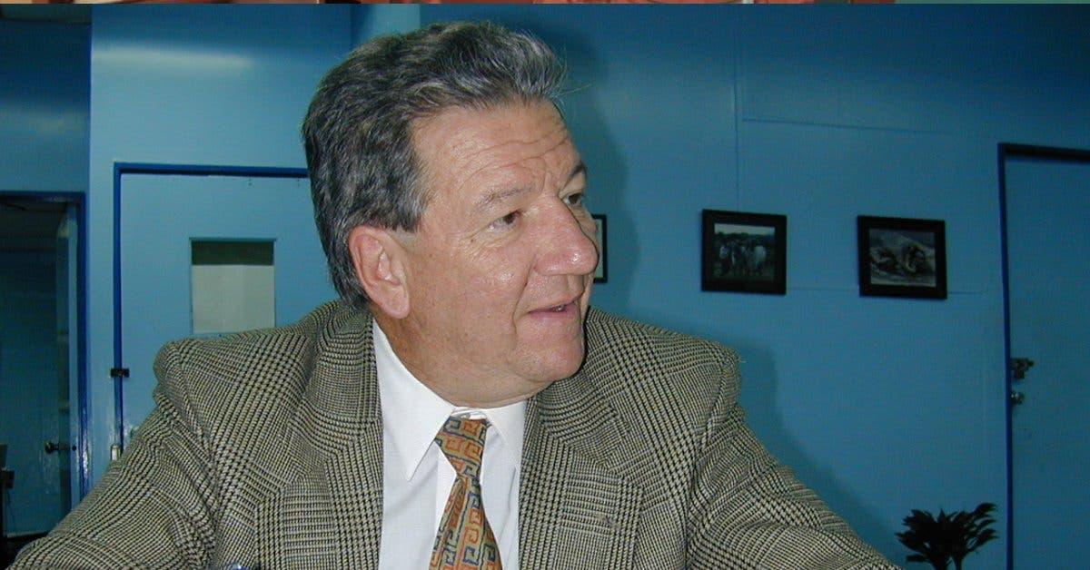 Rodrigo Carazo cobrará ¢18 millones al Estado