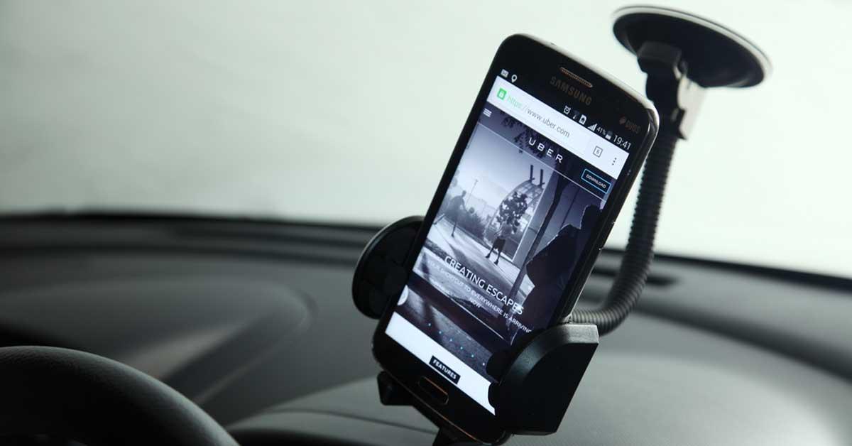Uber desacelera su crecimiento