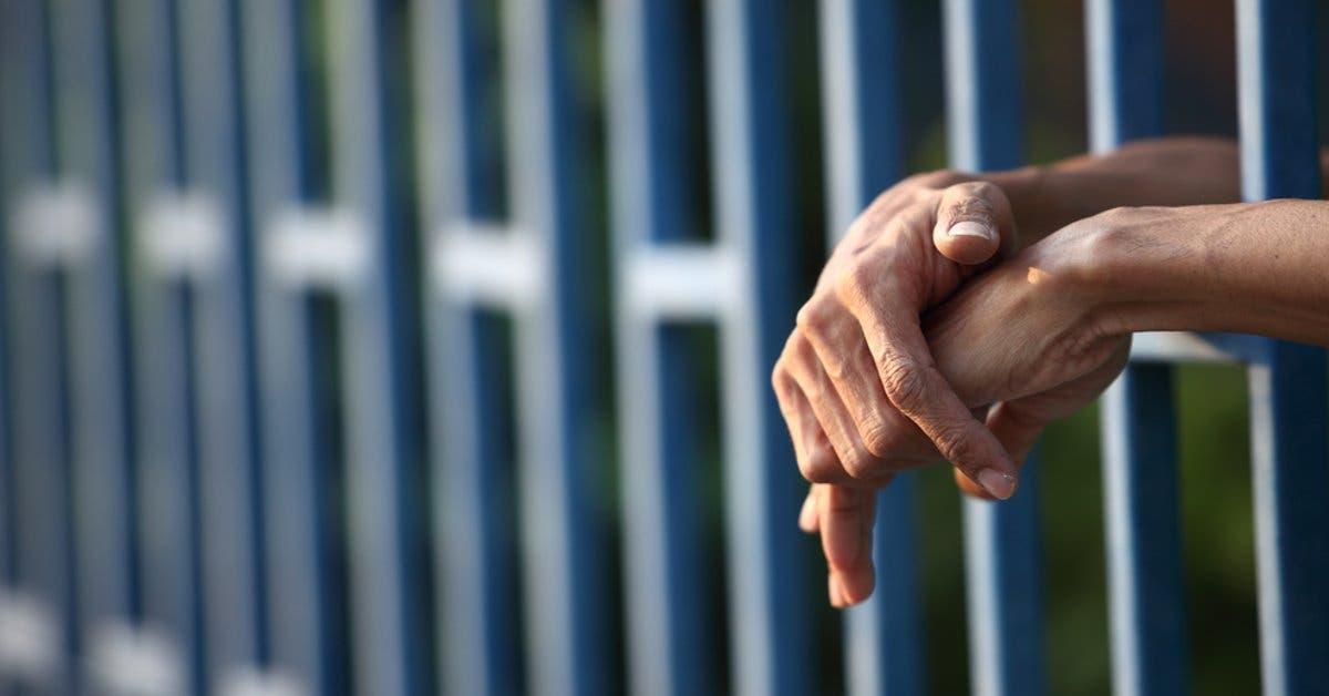Cámara de infocomunicación coincide con bloquear señal celular en penitenciarios