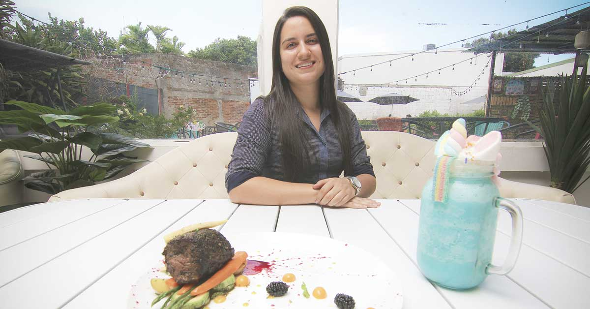 50 mm GastroPub incorporó cine al aire libre y menú especializado en segundo local