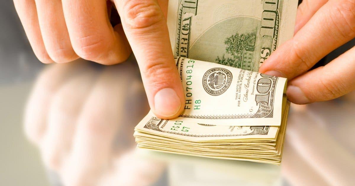 Precio del dólar ha caído casi ¢4 en lo que va del año