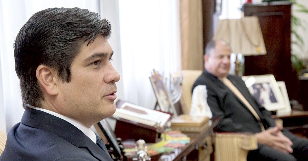 Carlos Alvarado quiere prohibir vía ley la extracción de petróleo y gas
