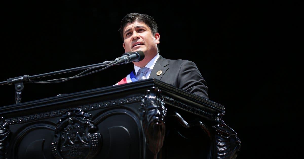 Carlos Alvarado prepara Facebook live para dar cuentas hoy