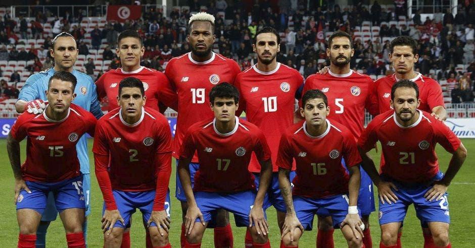 Once titular de Costa Rica en amistoso contra Escocia.