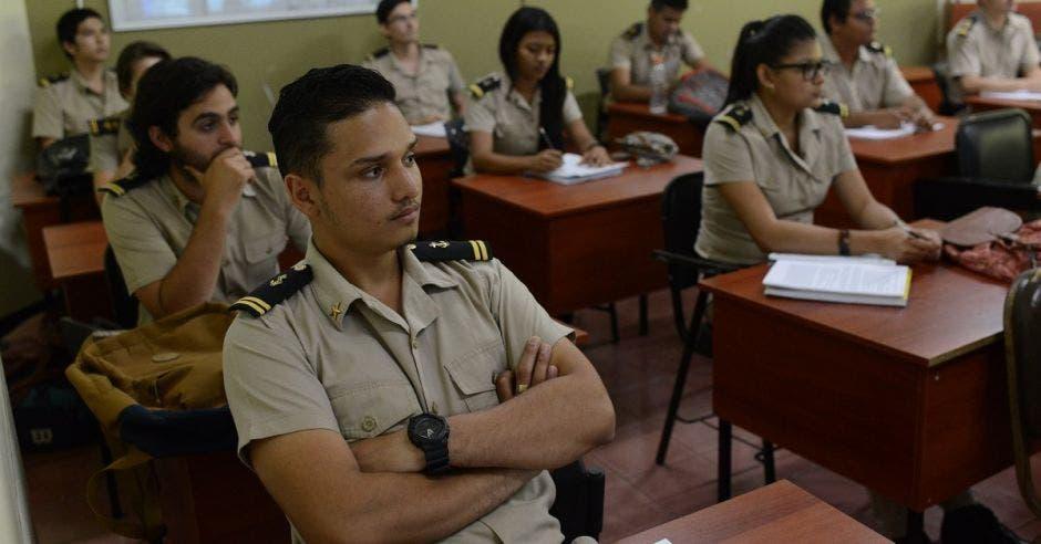 UCR congela licenciatura en Marina Civil