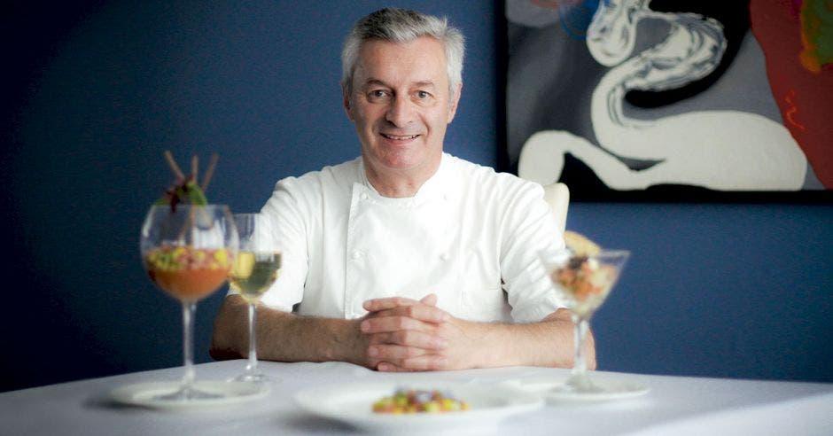 chef francés Philippe Girard en el restaurante Chateau 1525