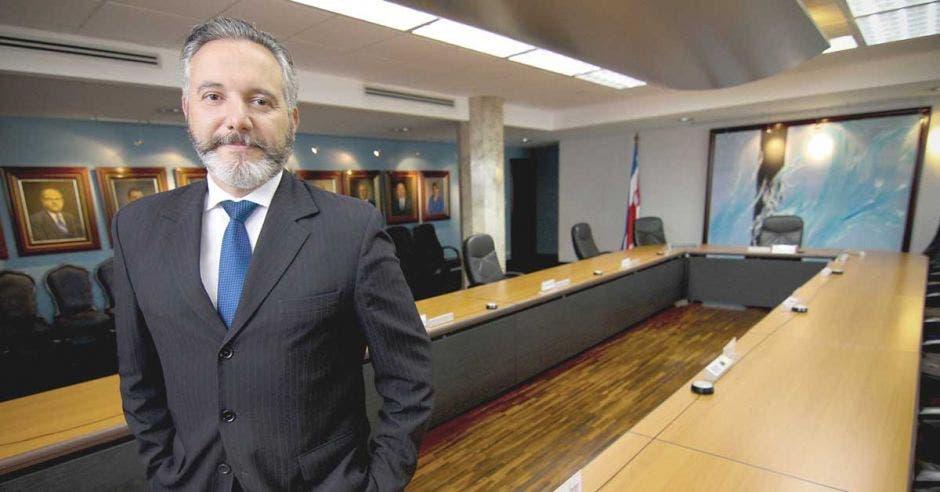 Fernando Llorca, presidente ejecutivo de la Caja de Seguro Social