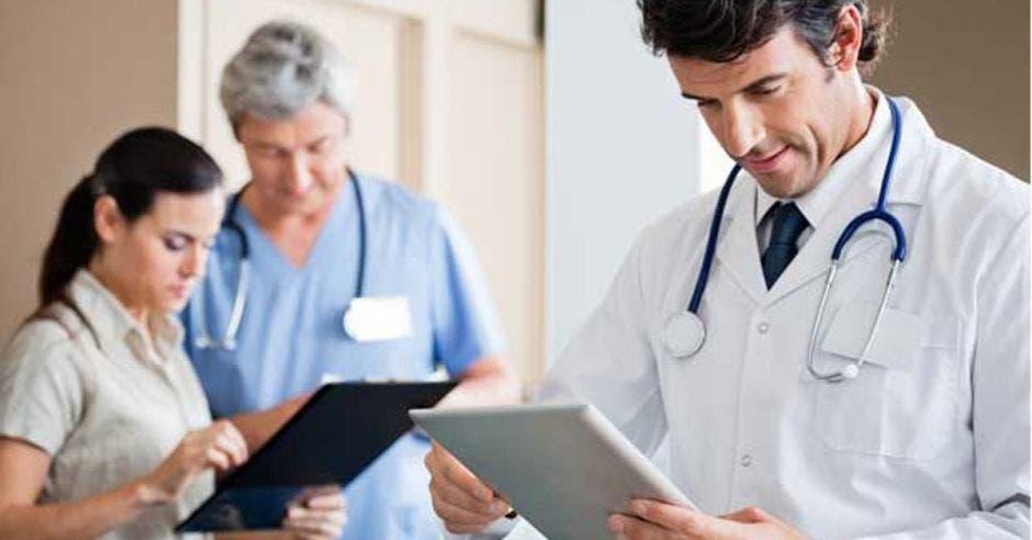 Cooperativas y Asociaciones Solidaristas cuentan con nuevo seguro de salud