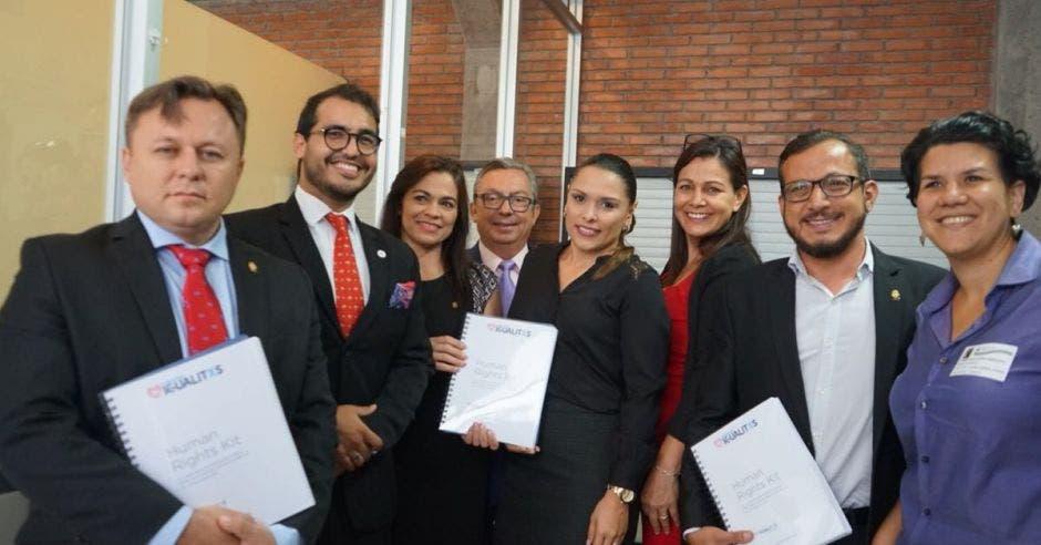Diputados de la Comisión de Derechos Humanos.