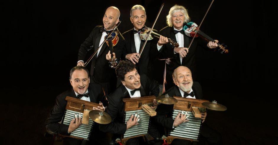 Les Luthiers llenarán de risas el Melico Salazar con obras aclamadas
