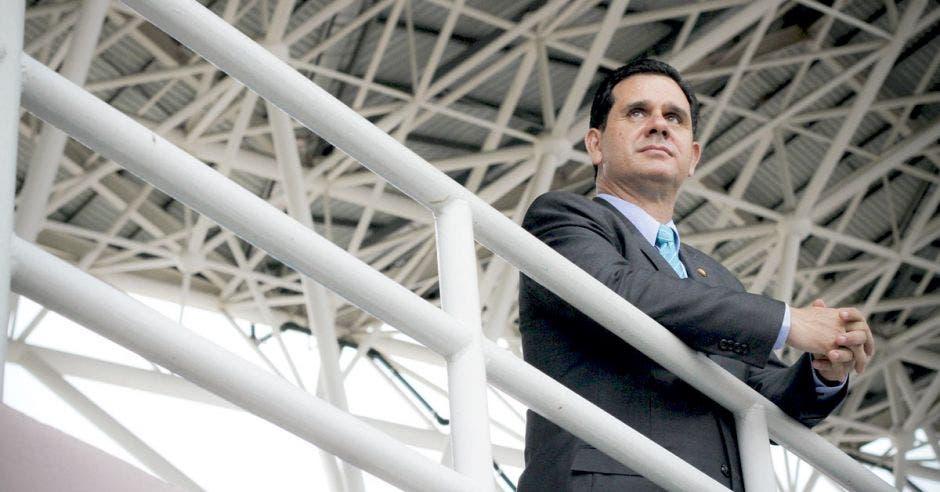 Gobierno pretende encontrar en colegios deportivos al próximo Keylor Navas