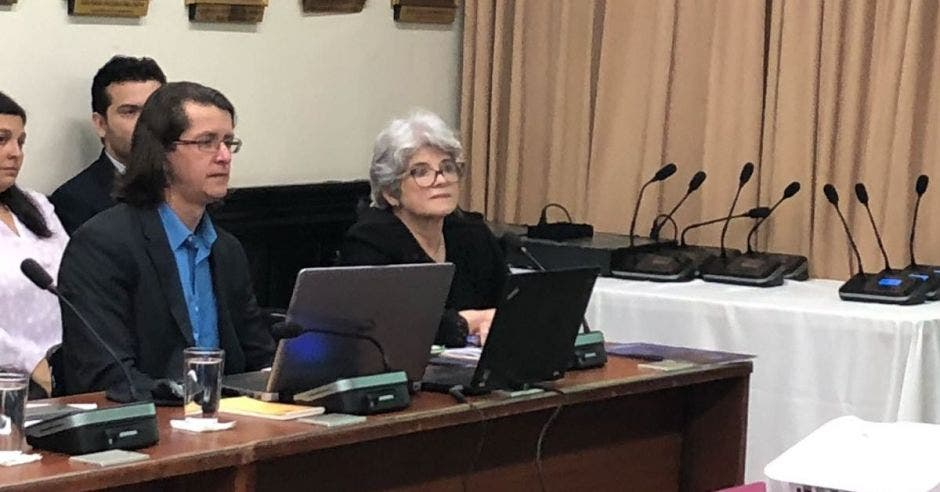 Rocío Aguilar: diputados deben establecer pluses salariales por ley