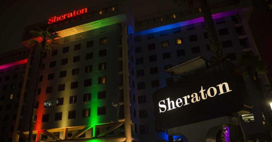 Marriott iluminará sus hoteles para conmemorar Mes de Orgullo Gay
