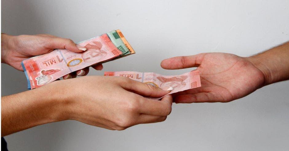 Clientes de Coopeservidores apoyarán educación financiera de 17 mil niños