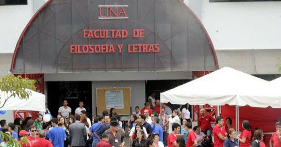 UNA pide al gobierno reunión lo antes posible para negociar el FEES