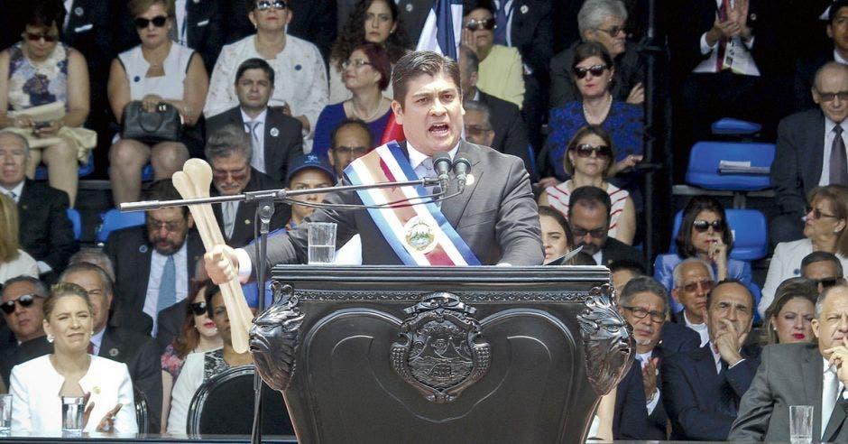 """La Machaca: ¡Esto de Presidente es un """"güeso"""" con hormigas…… zompopas!"""