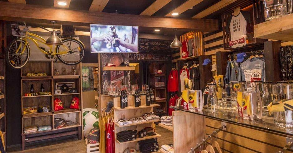 Cervecería inauguró La Tienda de la Birra en el centro de San José