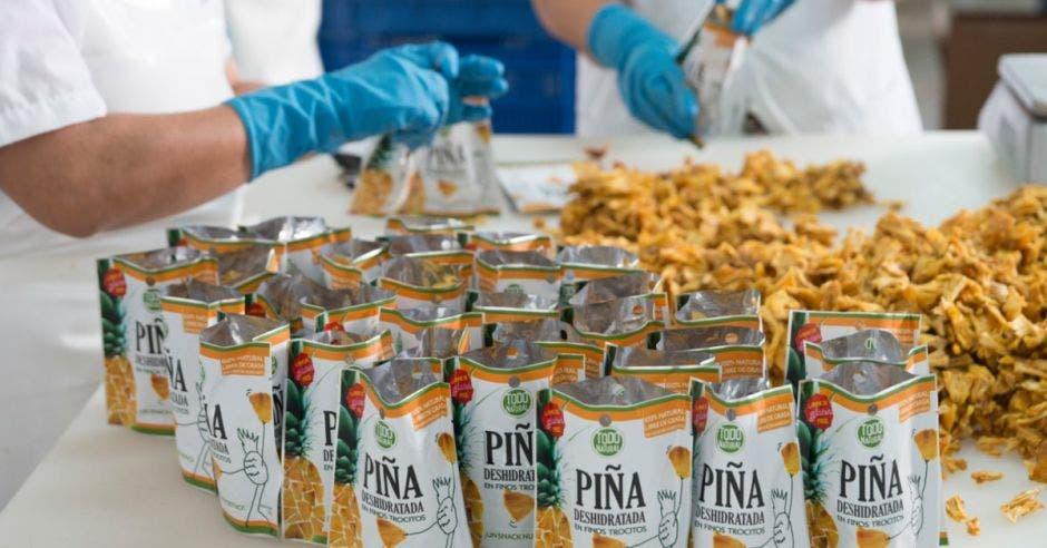 Empresarios buscan negocios en la feria Fancy Food Show