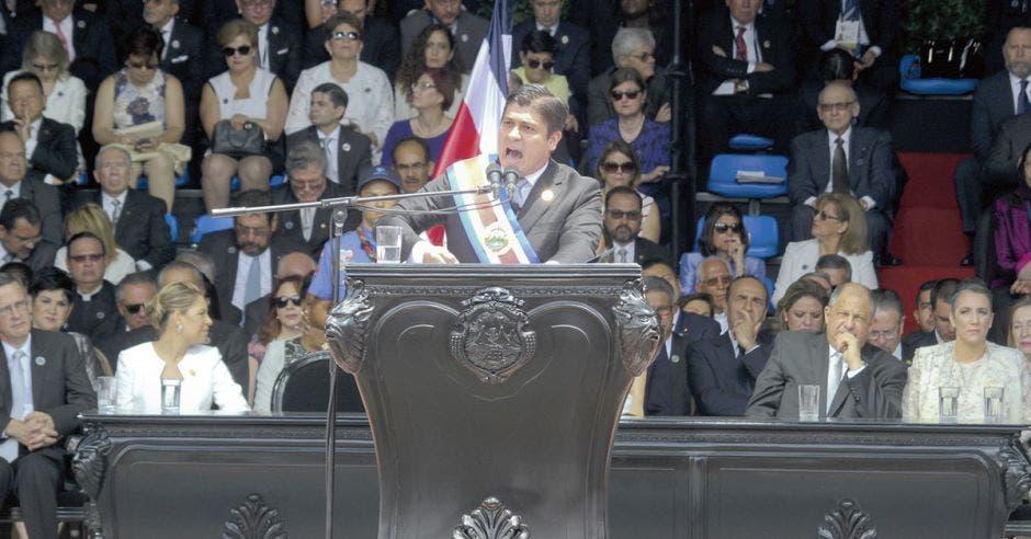 Estado laico no será prioridad para Carlos Alvarado