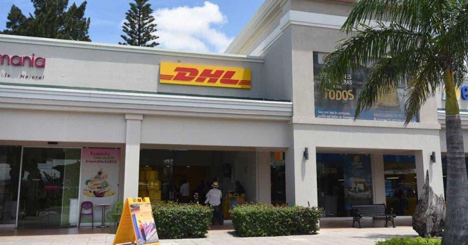 DHL abre primer punto de servicio en Alajuela