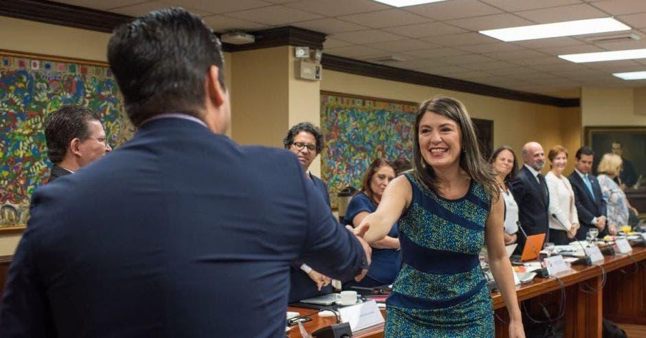 Rodrigo Carazo será Embajador en la ONU y Lorna Chacón presidenta del Sinart