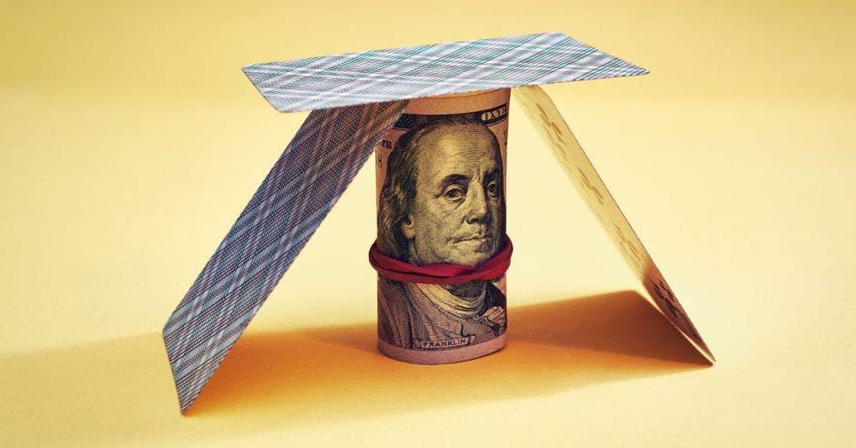 Dólar se mantuvo en equilibrio en primer semestre