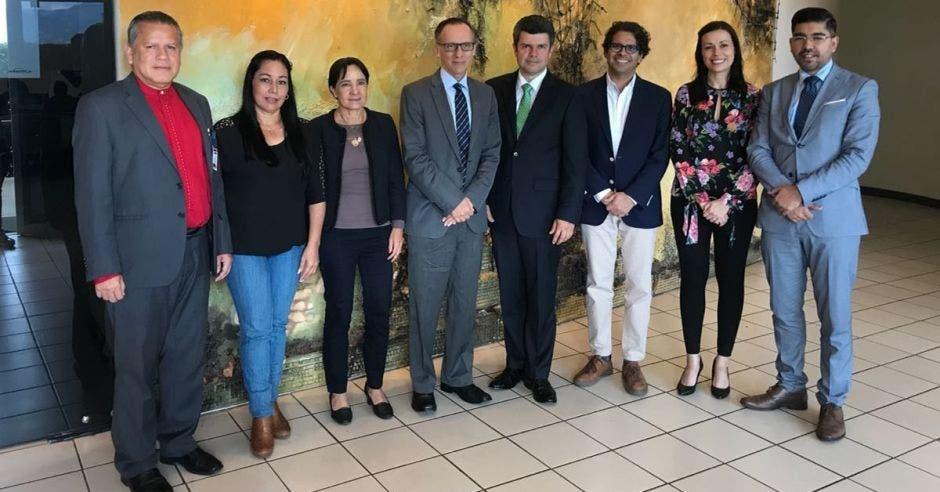 Jerarcas del MEP con representantes de su homólogo en Alemania