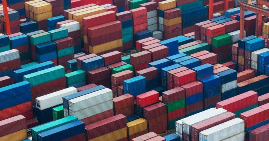 Aduanas recuperó ¢146 millones en remate de artículos abandonados