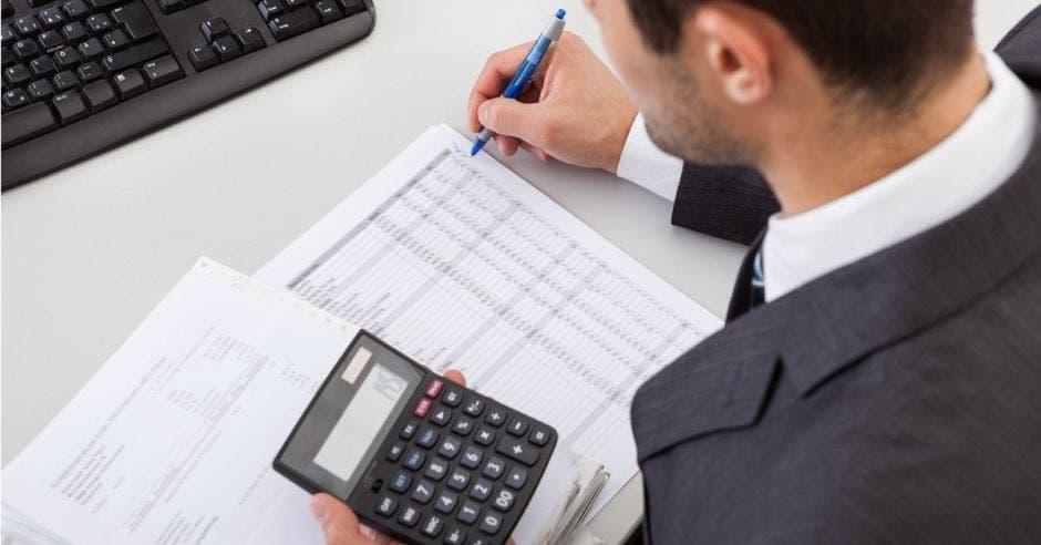 Ticos pueden pedir reembolso por pago de su impuesto de renta