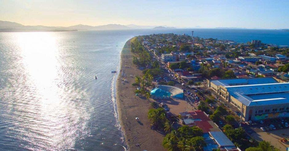 toma aérea de Puntarenas