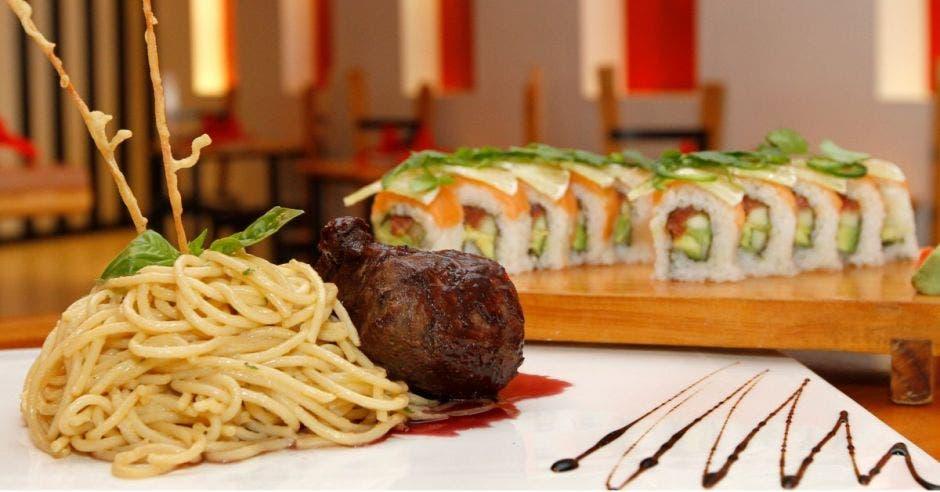 Restaurante Home Sushi  & Italian: Lomito al tinto