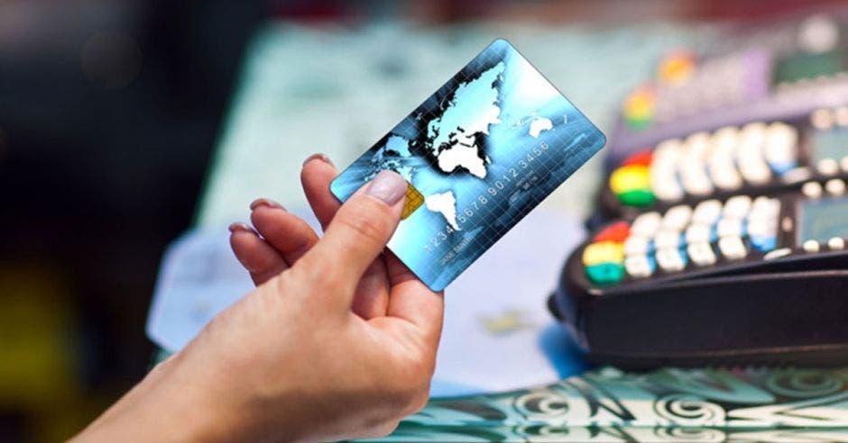 Cuide y saque provecho de su tarjeta de crédito