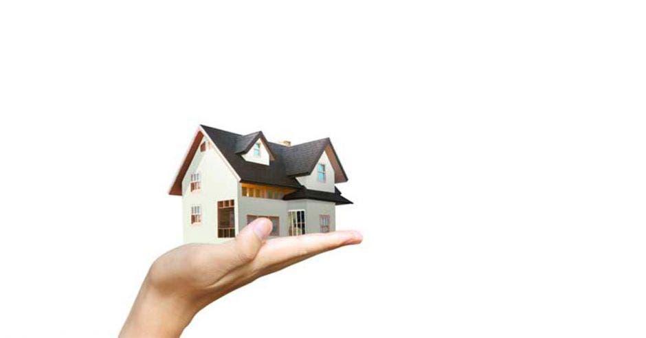 Sistema de préstamos hipotecarios del IVM da vivienda a 7 mil familias