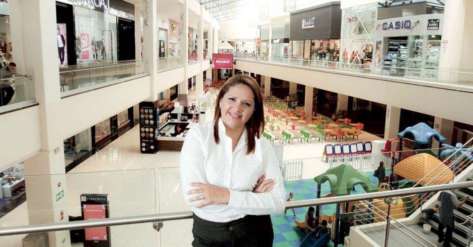 Pamela Rodríguez en el interior del centro comercial Terramall