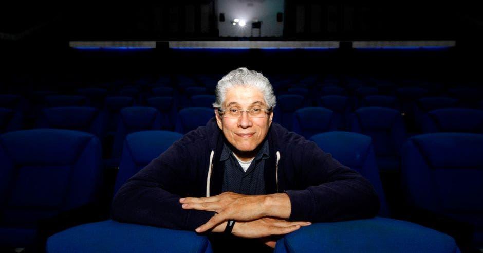 Luis Carcheri gerente del cine Magaly