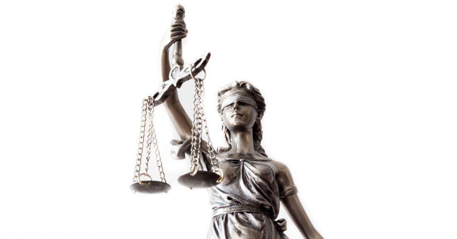 La Machaca: ¡La justicia en Costa Rica está medio injusta!