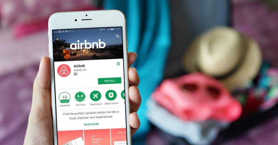 Hoteleros respaldan que Airbnb se registre en Hacienda y pague impuestos