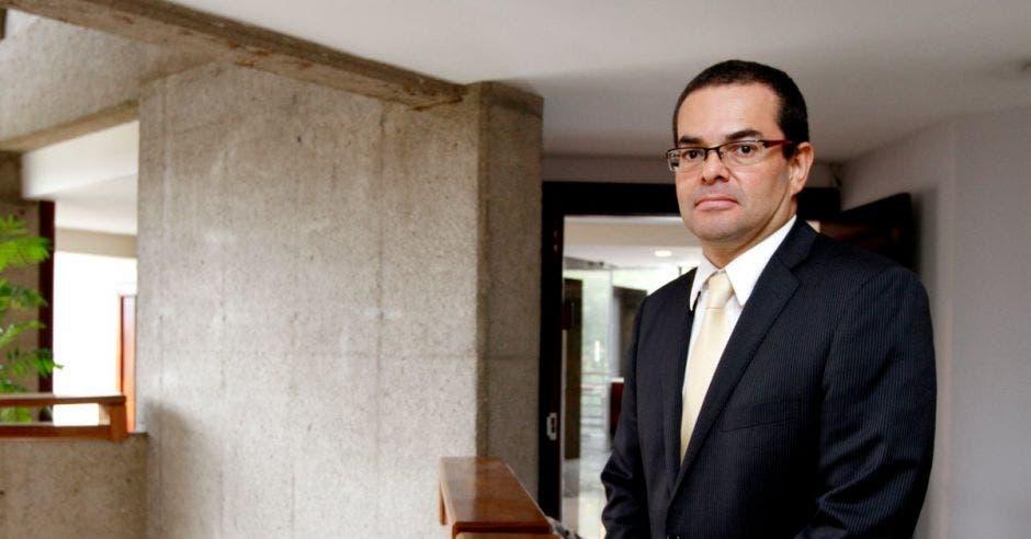 """Exsuperintendente de Pensiones:  """"Casos como el de Carlos Chinchilla son malos para el fondo del Poder Judicial"""""""