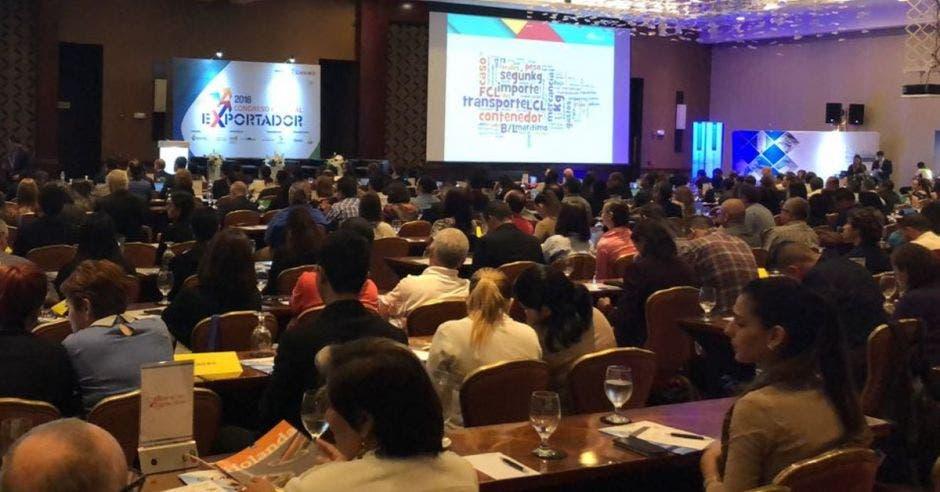 Más de 400 exportadores participan hoy en Congreso Nacional