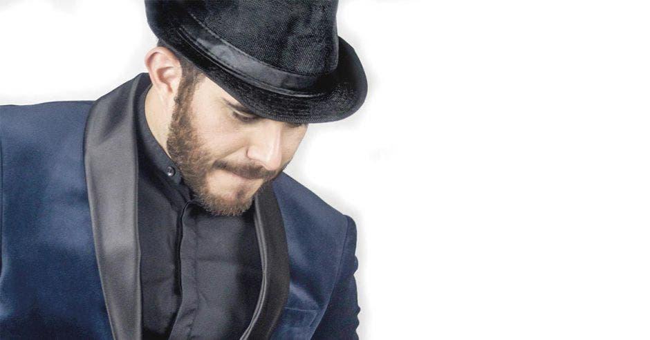 Migue Mejía, tenor