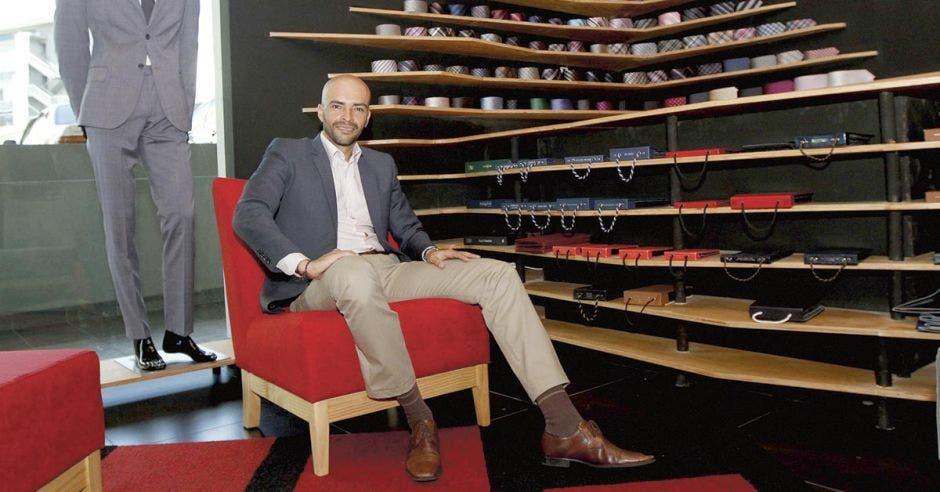 Fabrizzio Berrocal, diseñador nacional