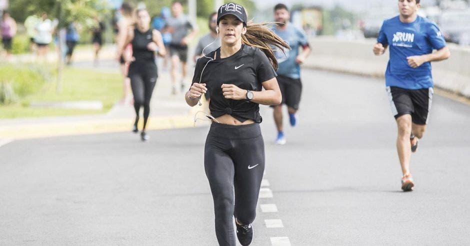 Nike premiará a cuatro corredores ticos el sábado