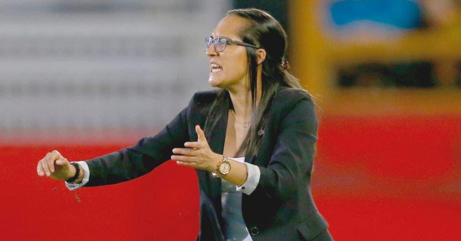 Amelia Valverde es una de las referentes en la dirección técnica de Costa Rica.