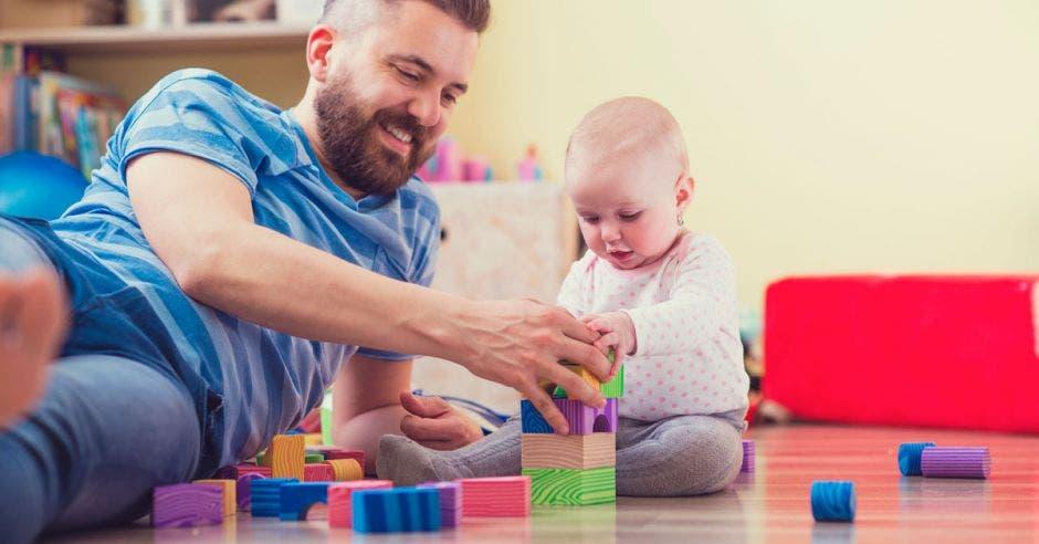 Costa Rica es una de las dos naciones de la región sin licencia de paternidad