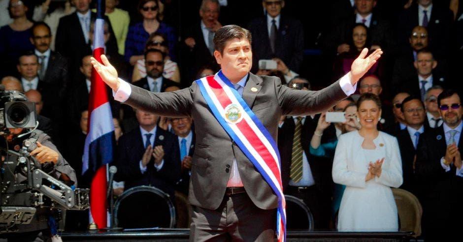 Carlos Alvarado con buen arranque en primeros 100 días