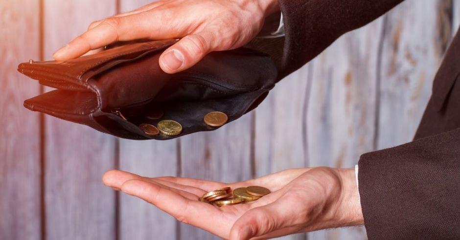 Fuerte caída impositiva golpea finanzas públicas