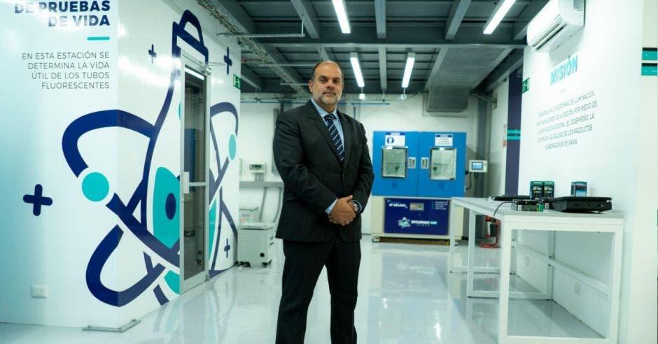 Sylvania invierte $1 millón en nuevo laboratorio