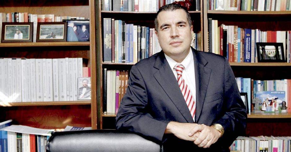 PLN exige a Carlos Alvarado aclaración sobre situación real de finanzas